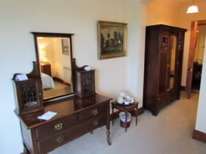 guest room, tinakilly manor house
