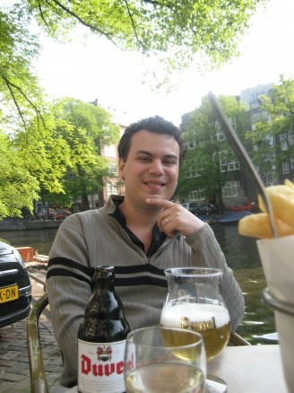 Amsterdam, drinking beer in the canal