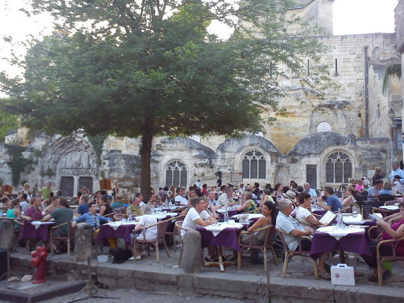 The main square of Saint Emilion is a pretty tough setting to top when it comes to dining out.