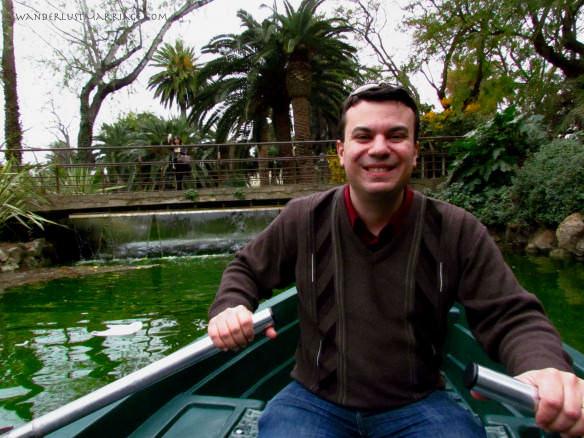 Row boat in Parc de la Ciutadella, Wedding Anniversary in Barcelona
