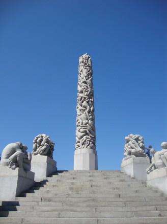 The unique sculptures of Oslo's Vigelandsparken