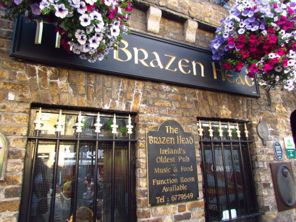 Beautiful flowers outside the Brazen Head pub