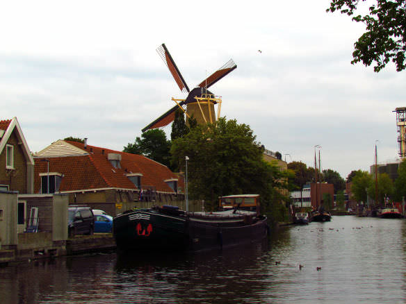 Gouda windmill on the canal