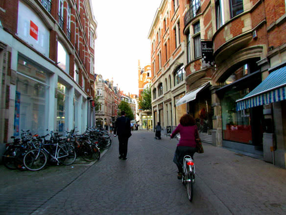 Cycling through the streets of Leuven beats the congestion of Brussels!