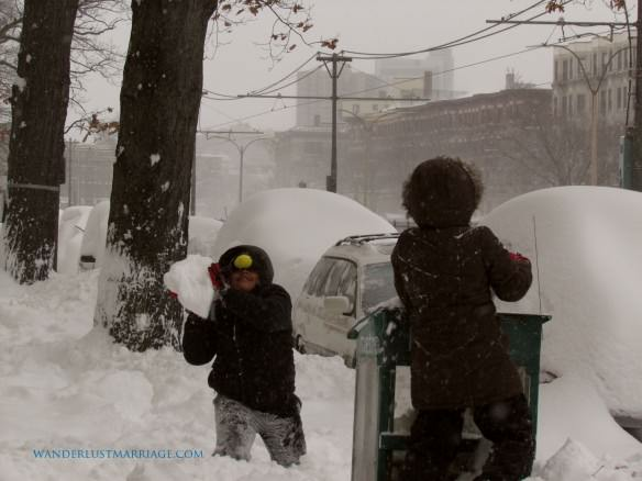 Snow fight!!