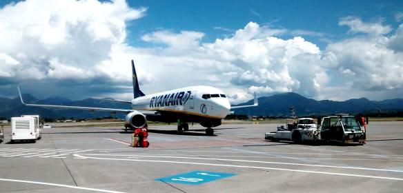 Ryanair plane, Bergamo Italy