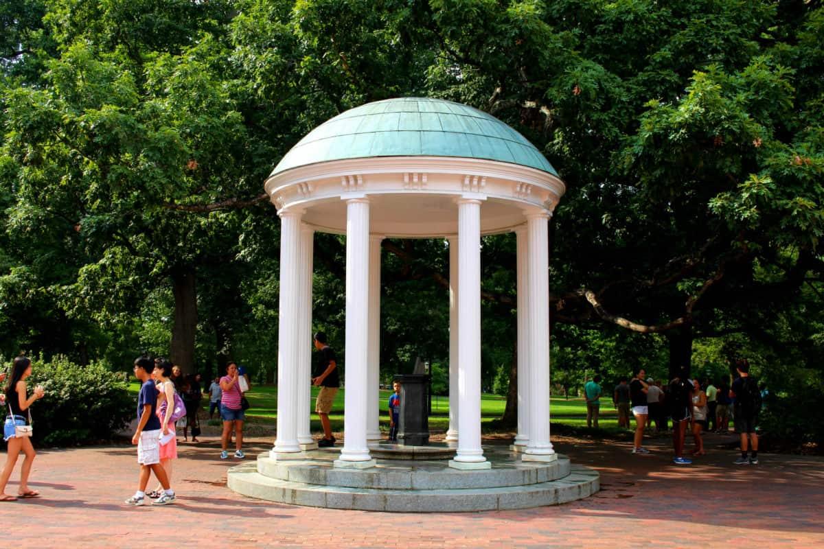 America 39 S Oldest Public University Unc Chapel Hill