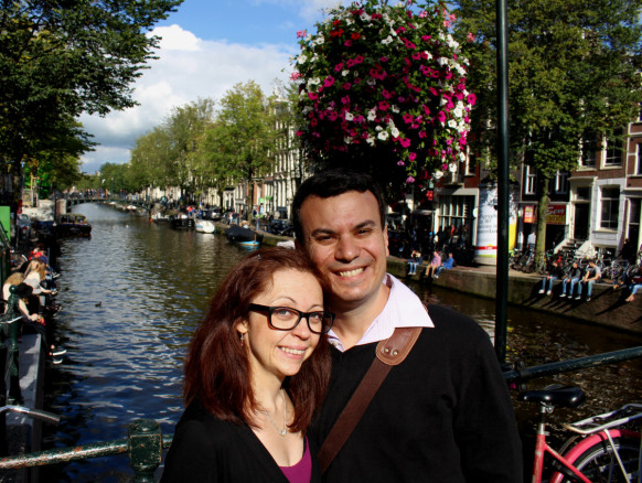 Alex & Bell in Amsterdam with people along the canals and spring flowers