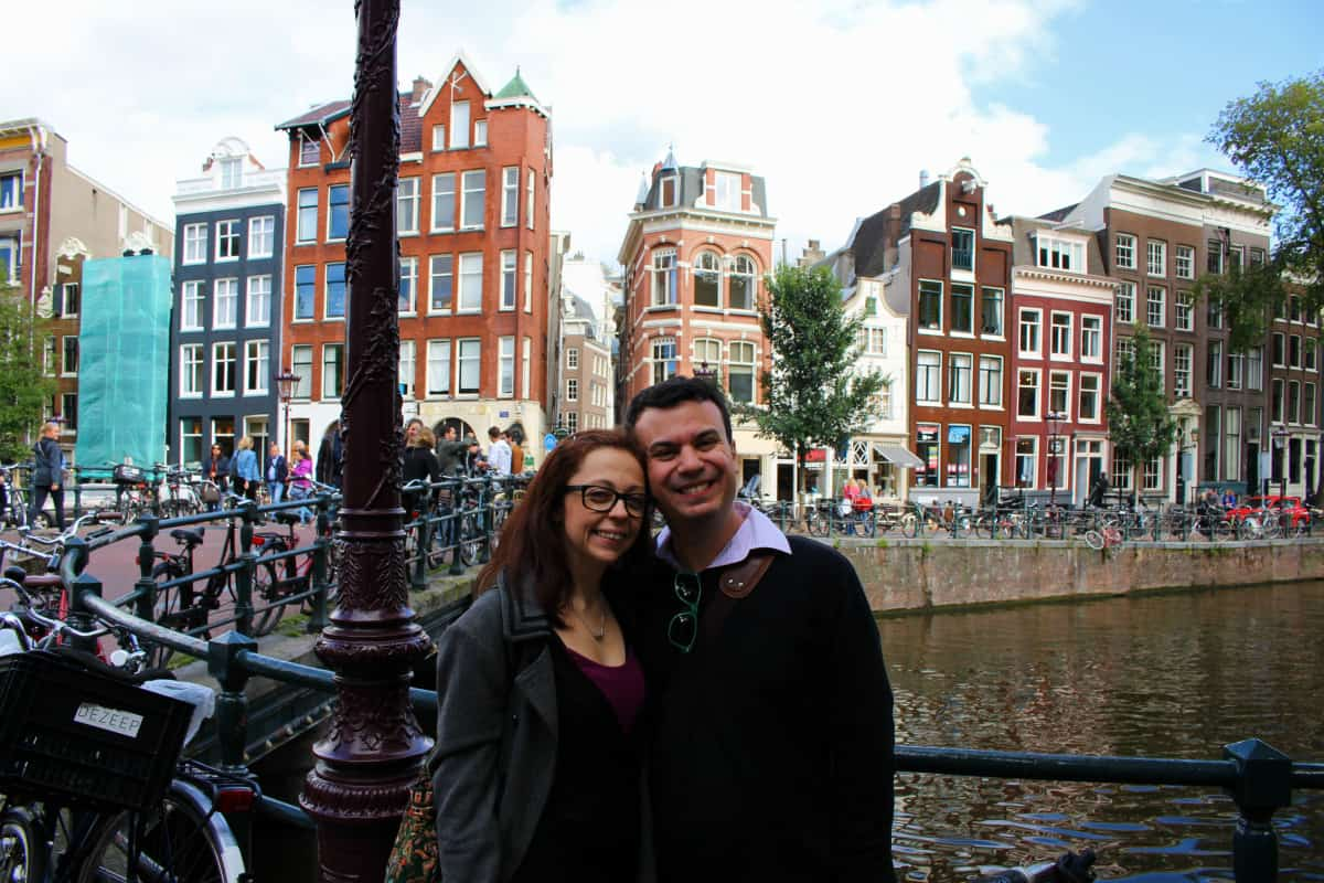 Amsterdam Singel Canal Together