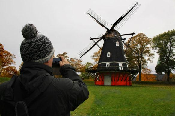 alex-and-windmill