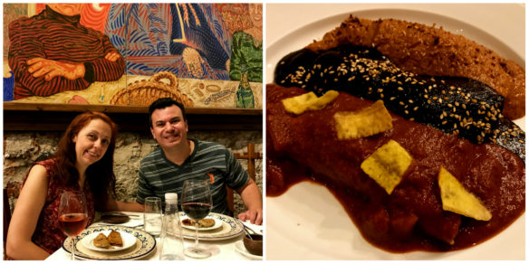 Romantic dinner in Puebla with Mole and chicken