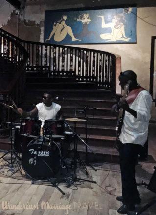 Drummer and guitar player at Livingstones bar