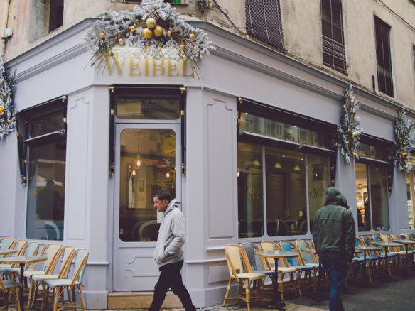 Cafe with outdoor seating Aix en Provence
